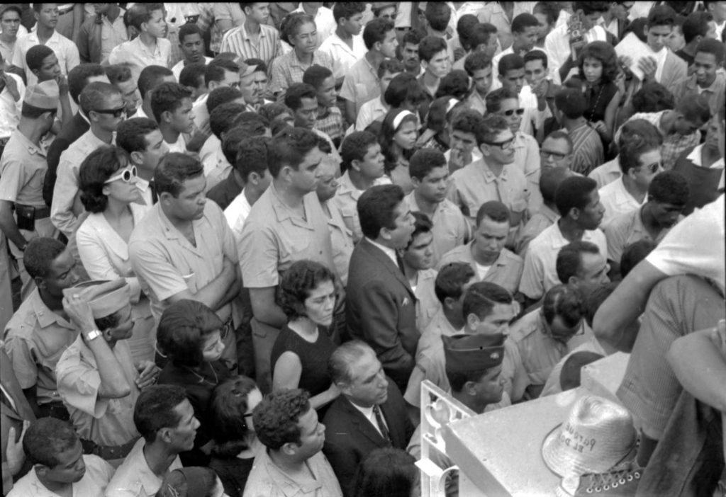 Acto a Fernández Domínguez en el cementerio