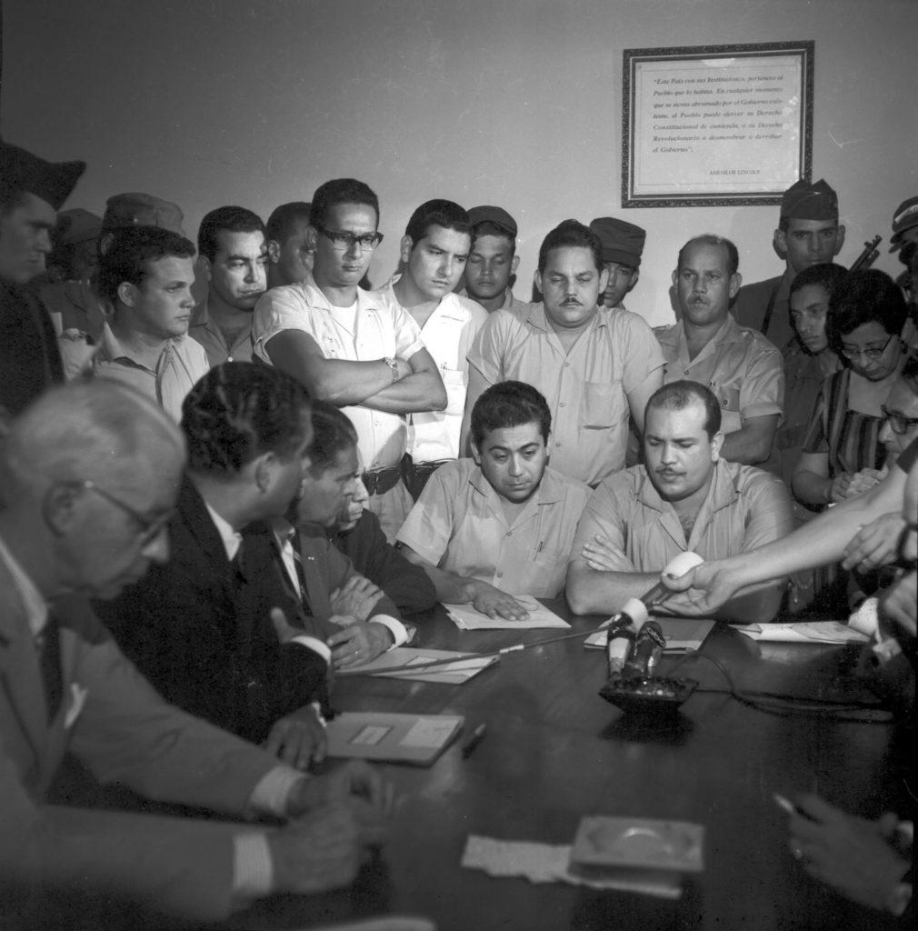 Grupos de poder firman Acta de Reconciliación