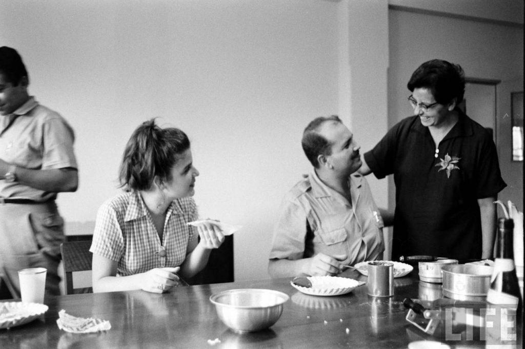 Margarita Pedamonte cocinera voluntaria en la Revolución y Caamaño